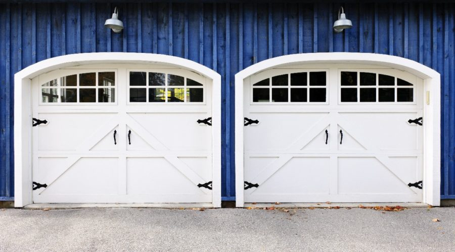 Garage door service archives calgary garage doors repair 9 reasons to book yourself in for a garage door service this year solutioingenieria Gallery
