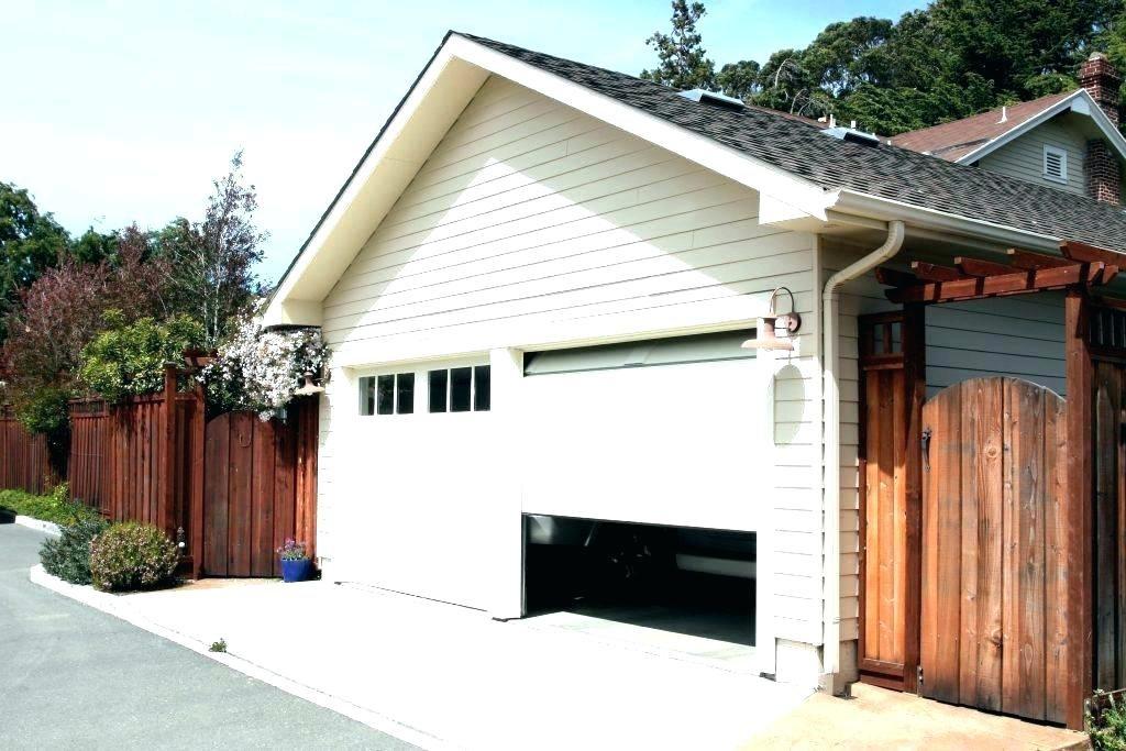 attached_garage_door