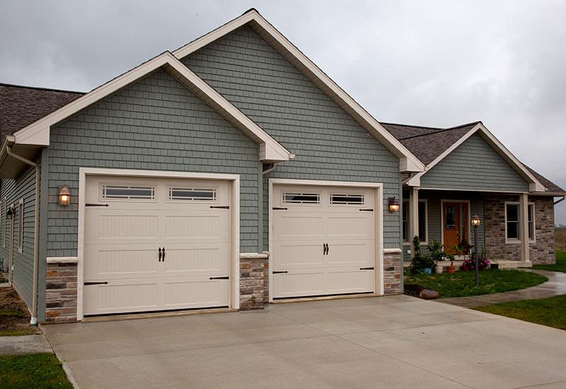 detached garage doors